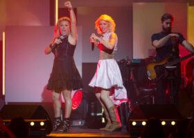 Le Premier Gala de l'ADISQ - Guylaine Tanguay et Brigitte Boisjoli