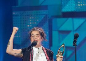 Premier Gala de l'ADISQ 2017 - Mariana Mazza, gagnante du Félix pour Spectacle de l'année - Humour