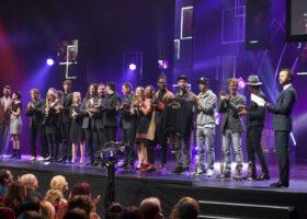Premier Gala de l'ADISQ - Album de l'année - Jeunesse : La course des tuques, Artistes variés