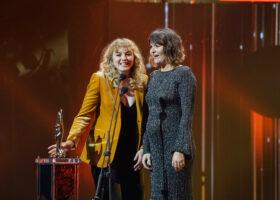 Gala de l'ADISQ - Les soeurs Boulay, gagnantes du Félix pour Groupe ou duo de l'année