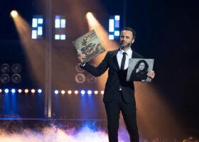 Premier Gala de l'ADISQ 2017 - Avec pas d'casque, gagnant du Félix pour l'Album de l'année - Folk