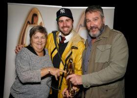 Gala de l'Industrie - Like-moi!, gagnante du Félix pour Émission de l'année - Humour
