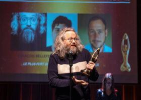 Gala de l'Industrie - Scripteur de spectacle de l'année : François Bellefeuille, Olivier Thivierge et Simon Cohen pour Le plus fort au monde de François Bellefeuille